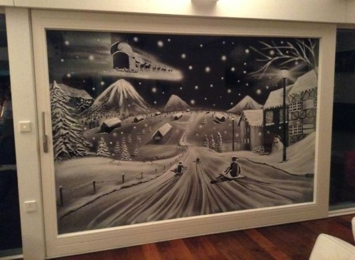 Snow Spray Can Be Used To Create Window Art Masterpieces (12 pics)