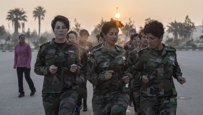 Women Of Syria Train To Defend Their Home (12 pics)