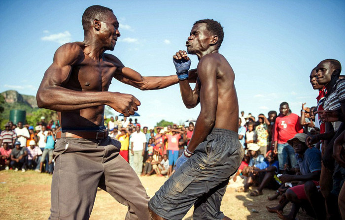 A Province In Africa Holds A Bare Knuckle Boxing Tournament Every Christmas (12 pics)