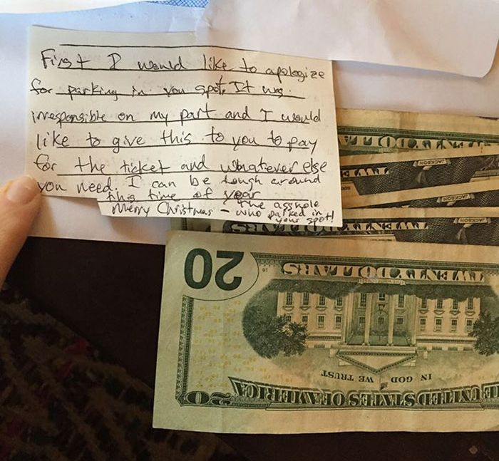 Woman Gets A Nice Surprise After Leaving A Note For A Stranger (2 pics)