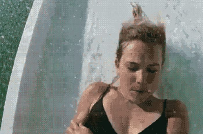 Picture Perfect Gif Mashups That Will Crack You Up (17 gifs)