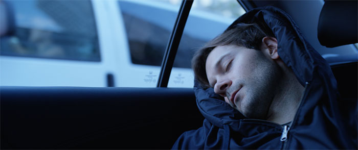 Now You Can Sleep Anywhere Thanks To This Inflatable Sleep Hoodie (6 pics)