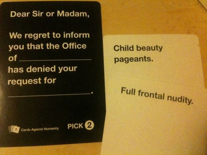 Disturbing Cards Against Humanity Combinations You Can't Help But Laugh At (21 pics)