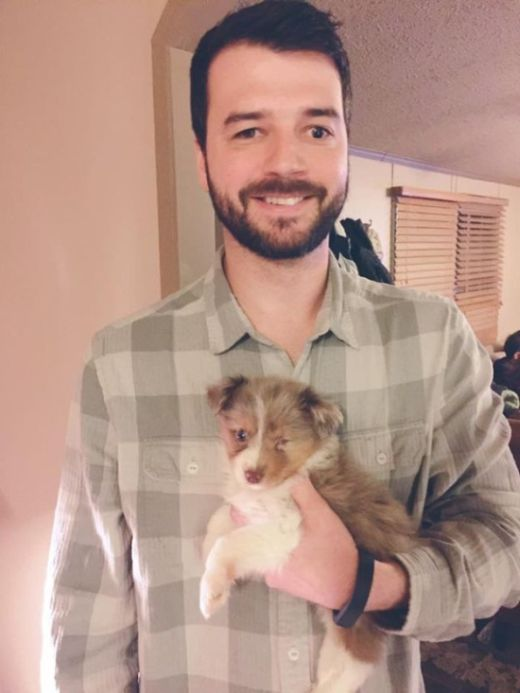 Guy With Vision Problems Gives Unwanted Dog A Loving Home (3 pics)