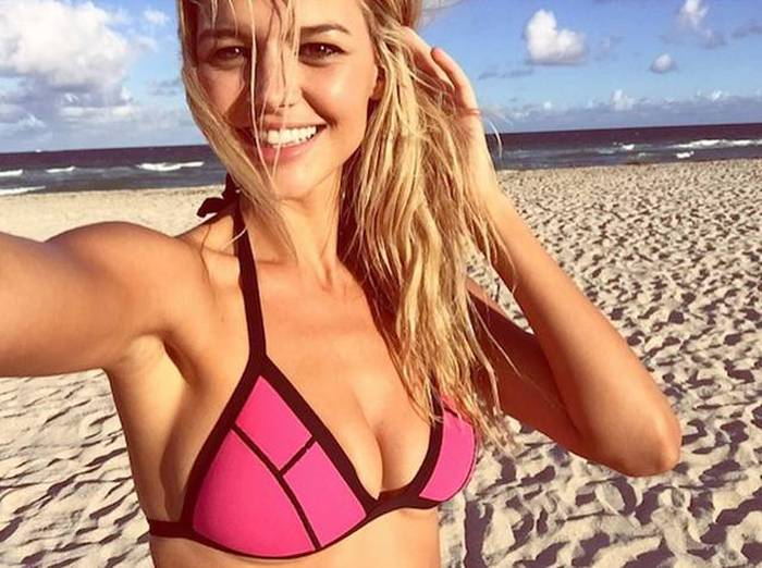 Kelly Rohrbach Cast As The New CJ Parker In The Rock's Baywatch Movie (20 pics)
