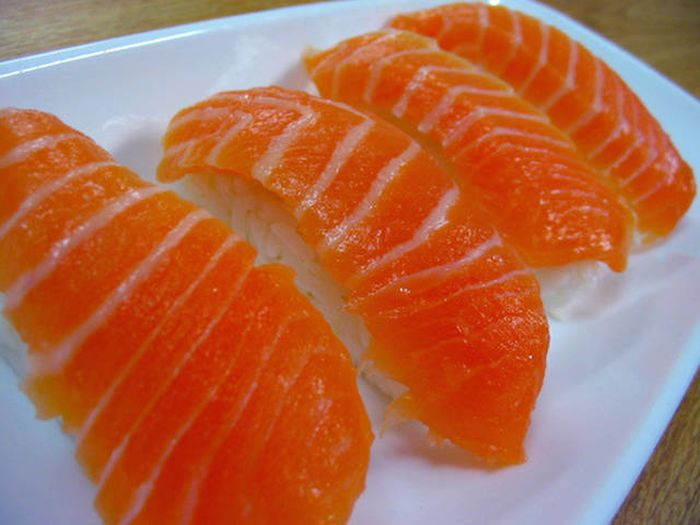 Everything You Need To Know About Buying And Eating Sushi (11 pics)
