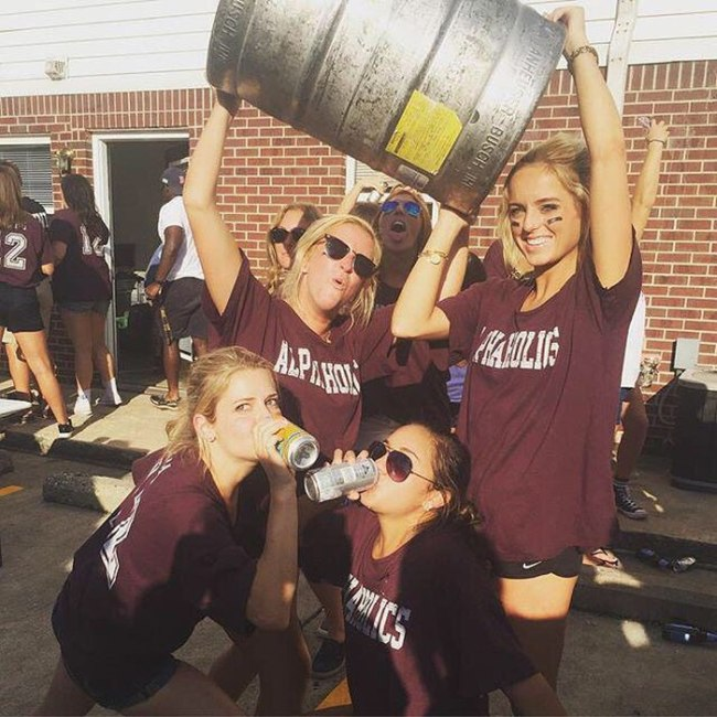 College Girls Are Crazy, Fun And Sexy (37 pics)