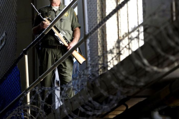 What Life Looks Like Behind The Bars Of San Quentin (17 pics)
