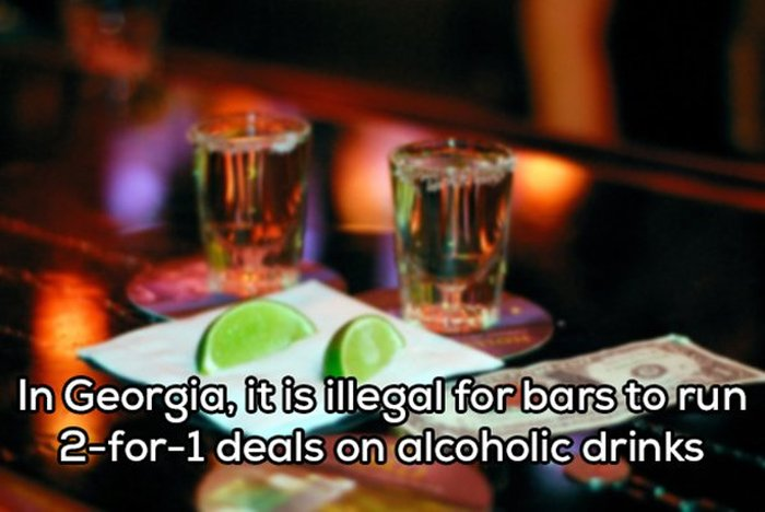Crazy Laws You Won't Believe Still Exist In The United States (20 pics)