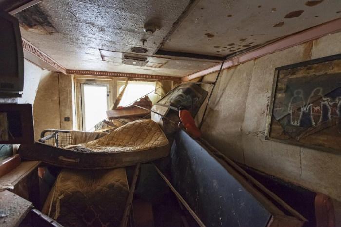 A Look Inside The Costa Concordia (13 pics)