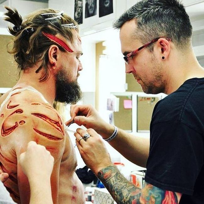 Behind The Scenes Photos Of Leonardo DiCaprio's Makeup From The Revenant (7 pics)