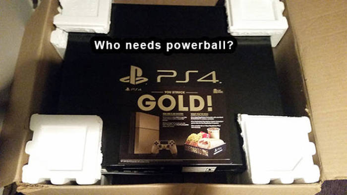 Gamers Know How To Live The Good Life (27 pics)