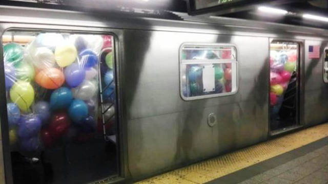 The Most Ridiculous Moments To Ever Happen On The NYC Subway (25 pics)