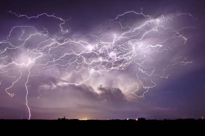 Enjoy The Beauty Of Nature With These Stunning Storm Photographs (25 pics)