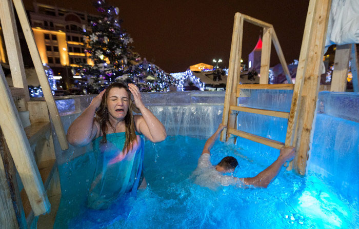 Orthodox Christians Are Taking A Dip In Freezing Waters (37 pics)