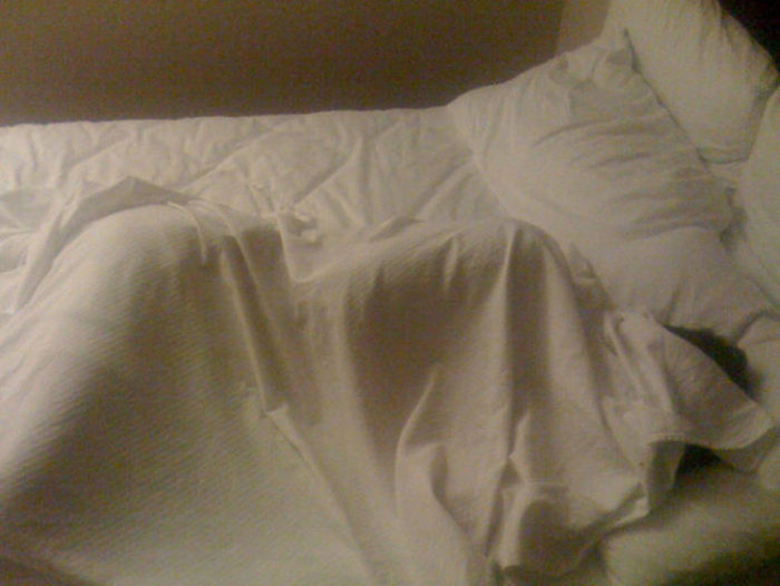 You'll Never Look At A Hotel The Same Way Again After Hearing These Confessions (12 pics)