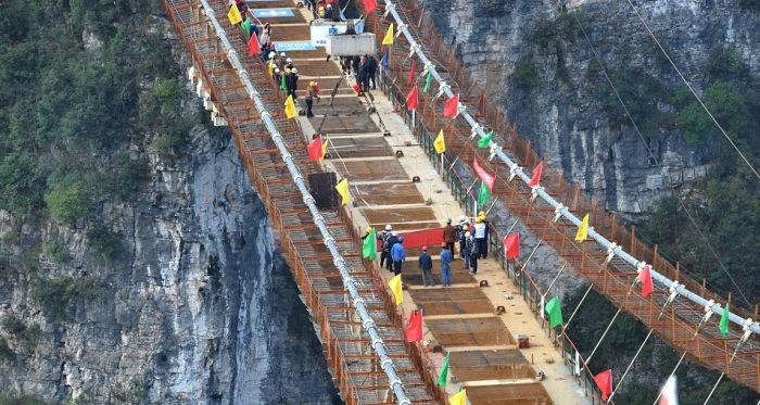Here's An Aerial View Of The World's Highest Glass Suspension Bridge (6 pics + video)
