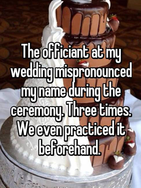People Share Their Awkward Wedding Day Confessions (16 pics)