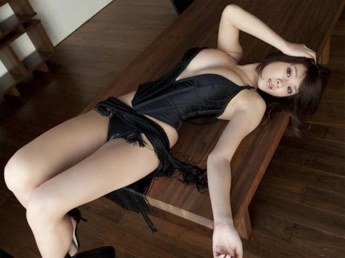 These Sexy Asian Girls Are Sweet, Sultry And Impossible To Resist (45 pics)