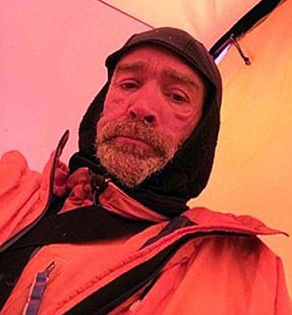 Man Takes Inspirational Selfies While Exploring Antarctica (6 pics)