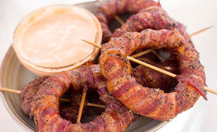 The Perfect Recipe For Bacon Wrapped Onion Rings (7 pics)