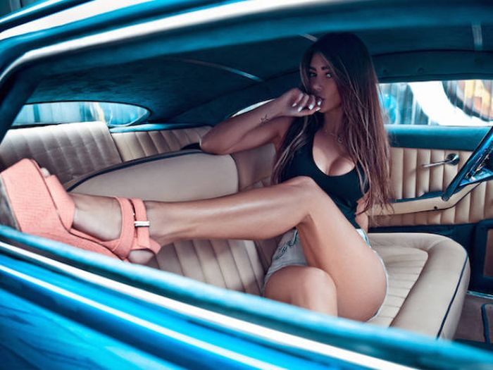 These Sexy Long Legs Belong To Even Sexier Women (61 pics)