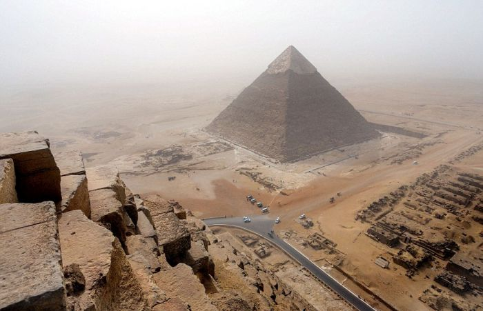 Incredible Photos From The Great Pyramid Of Giza (3 pics)