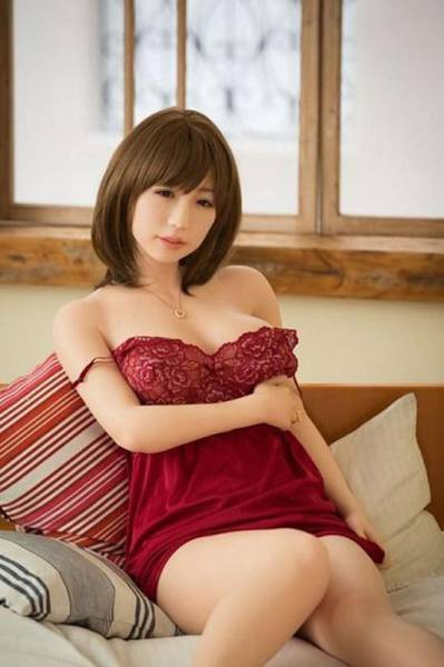 These Japanese Sex Dolls Look So Real It's Almost Scary (28 pics)