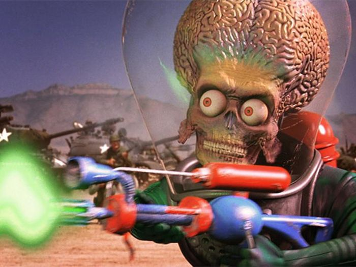 13 Bizarre Stories About Alien Encounters (13 pics)
