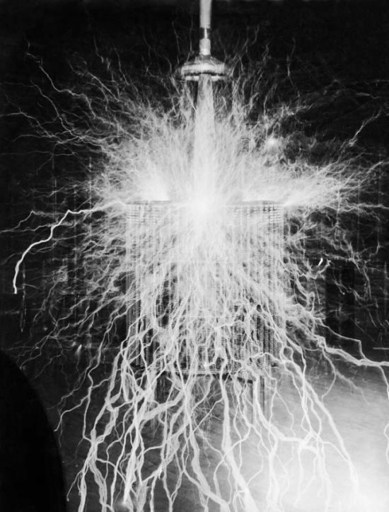 Nikola Tesla Changed The World With These Epic Inventions (7 pics)