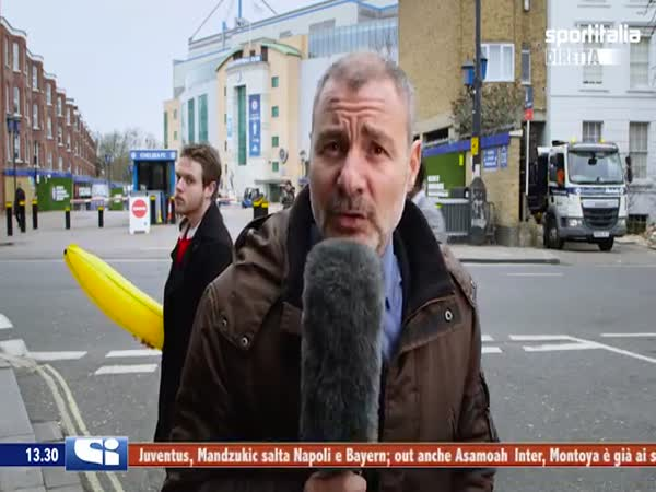Italian Reporter Goes Mental At Banana Prankster