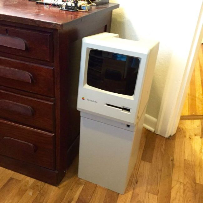 Classic Mac Computer Gets Transformed Into A Cool Trash Can (26 pics)