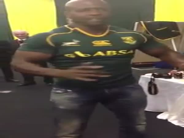 Terry Crews Dance