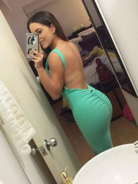 Sexy Women In Skin Tight Dresses That Will Stop You Dead In Your Tracks (57 pics)