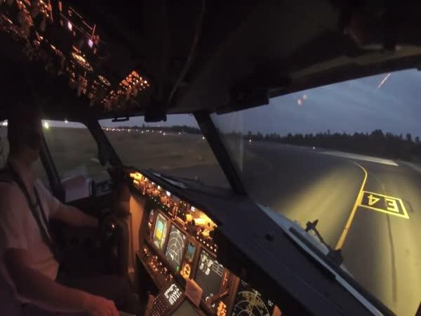 Boeing Takeoff
