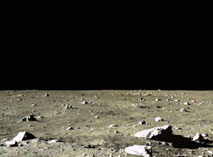 Photos From China's Very First Moon Landing (12 pics)