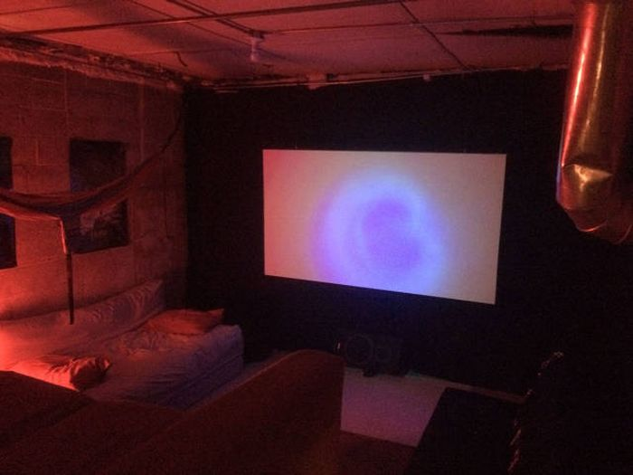 How To Build An Awesome Home Theater For Less Than $200 (38 pics)