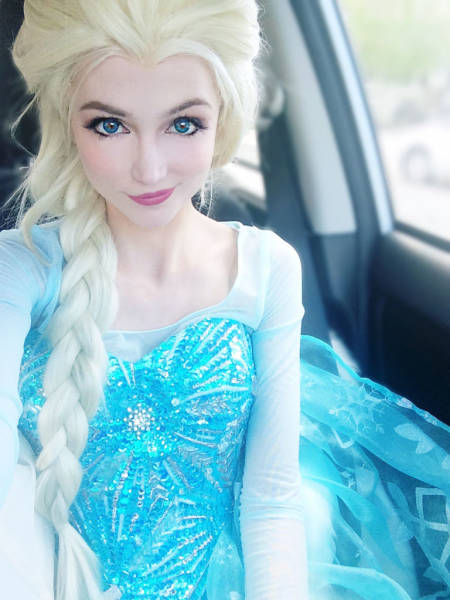 Girls Gets Disney Fever And Spends $14,000 On Princess Costumes (16 pics)
