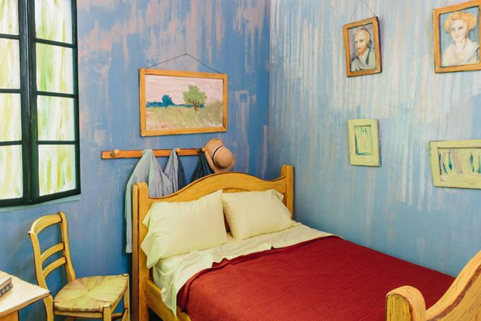 Artists Recreated One Of Van Gogh's Famous Paintings And It's Up For Rent On Airbnb (6 pics)