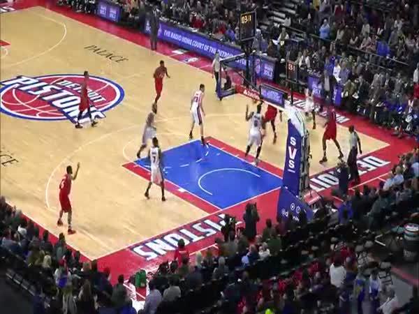 Andre Drummond Full Court Buzzer Beater Raptors Vs Pistons