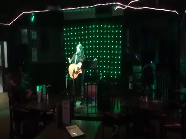 Talented Nashville Singer Blows A Dolly Whitney Classic Out Of The Water