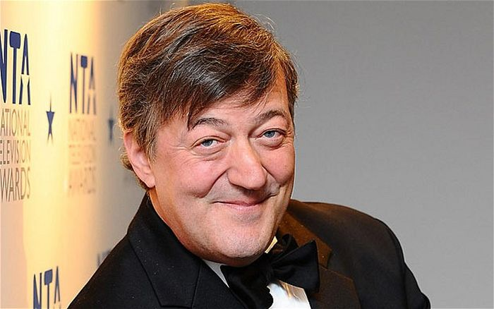 Stephen Fry Says A Ugandan Minister's Views Caused Him To Attempt Suicide (2 pics)