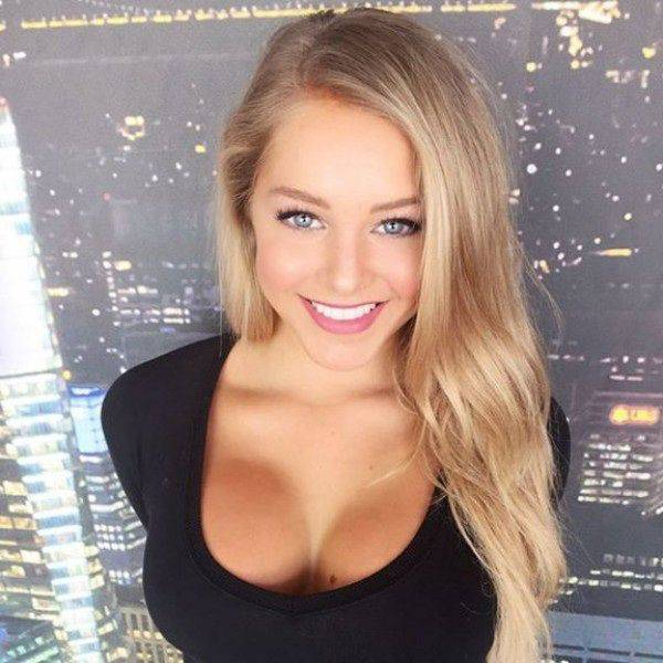 Babes This Beautiful Were Meant To Be Enjoyed (52 pics)