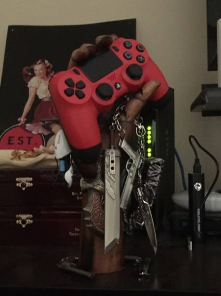 Pictures That Prove Gamers Get To Have All The Fun (33 pics)