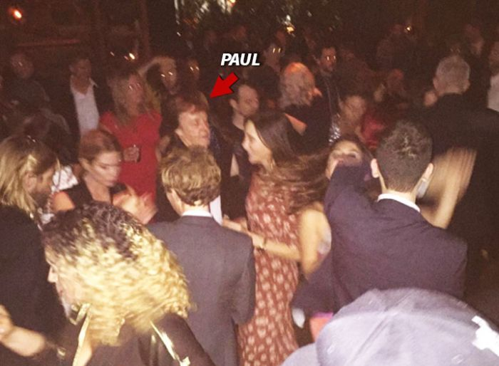 Paul McCartney, Taylor Hawkins And Beck Denied Access To A Grammy Party (2 pics)