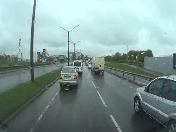 Crazy Road Rage In Estonia