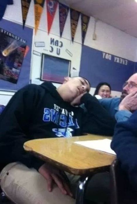 School Moments Caught On Camera That Will Crack You Up (37 pics)