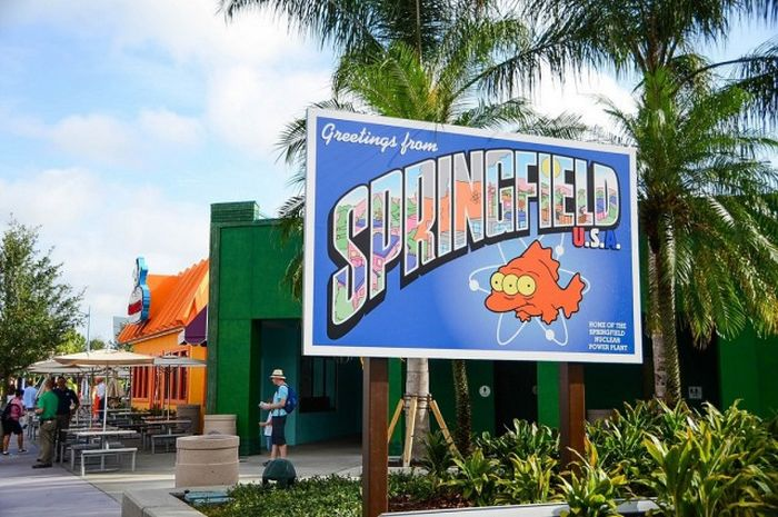 The Simpsons' Hometown Of Springfield Comes To Life At Universal Studios Orlando (26 pics)