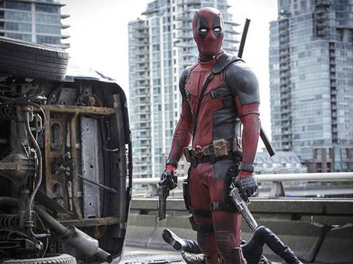 Here Are All The Easter Eggs They Managed To Fit Into Deadpool (24 pics)