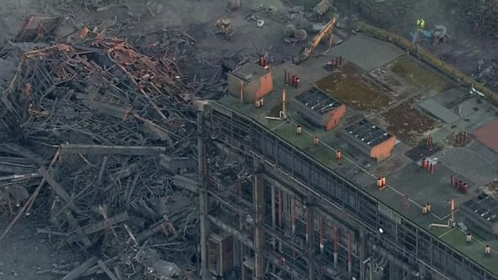 Several People Injured And One Dead After The Didcot Power Station Explodes (6 pics)